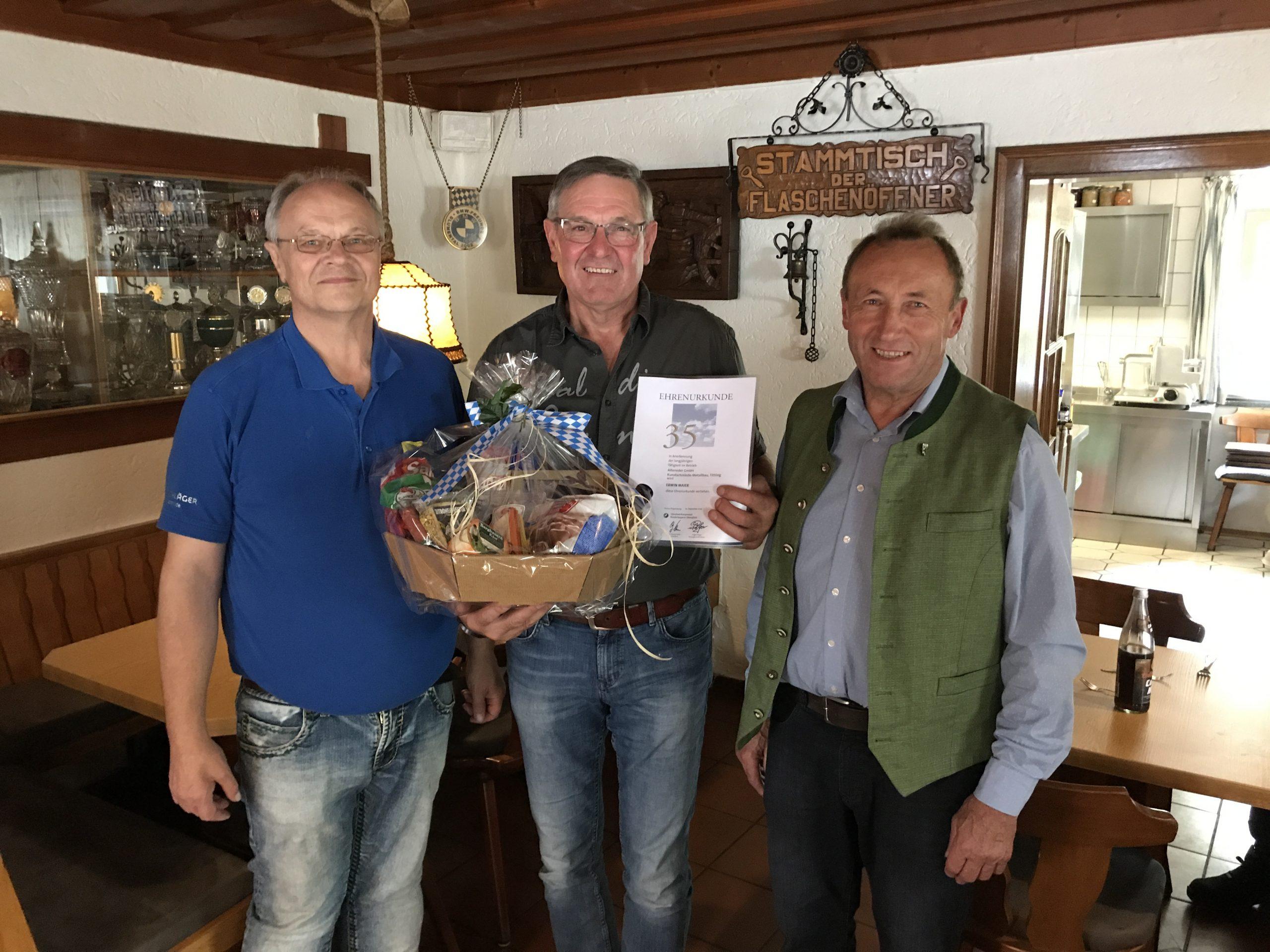 Kunstschmiede Alteneder Betriebsjubiläum für 33 Jahre Betriebstreue im Jahr 2019